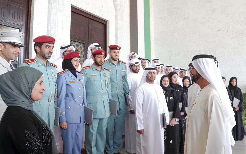 الصورة: محمد بن راشد: الإمارات حوَّلت السعادة والإيجابية إلى ممارسة عملية