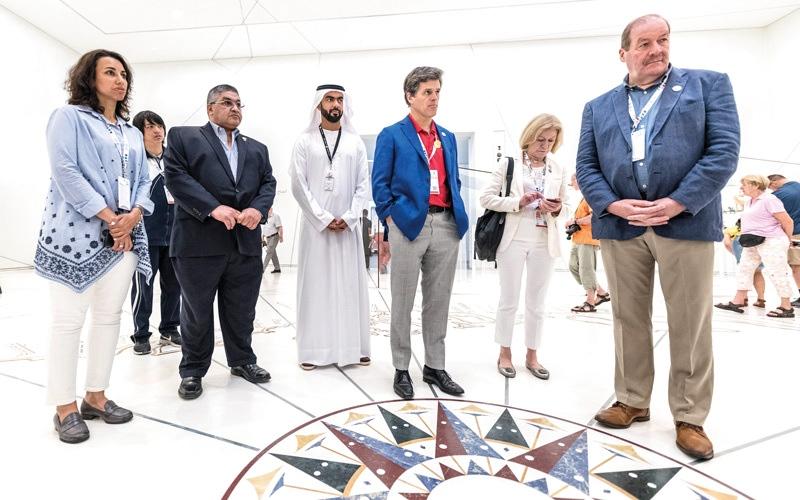 الصورة: وفود «الألعاب الإقليمية» تجوب أهم المعالم الحضارية والثقافية في أبوظبي