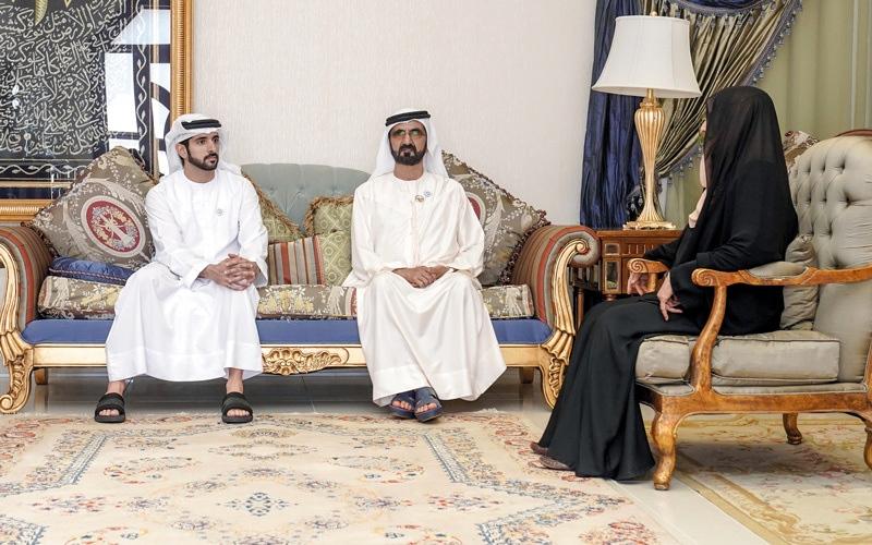 الصورة: محمد بن راشد: أمهات الإمارات مثال في العطاء لأبنائهن وبناتهن