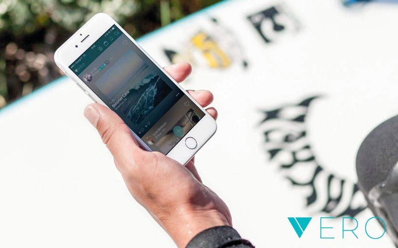 الصورة: تطبيق مغمور يتصدّر قائمة تطبيقات «التواصل الاجتماعي»