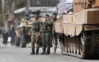 الصورة: تركيا تشن عملية جديدة للسيطرة على تل رفعت