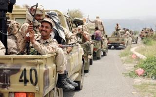 الصورة: بإسناد من القوات الإماراتية.. مقـــــاتلات التحالف تدمر مراكز قيادة حوثية بجبهة السـاحل الغربي