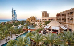 الصورة: فنادق دبي.. مزيج متنوّع لثقافات العالم وتقاليد شعوبه