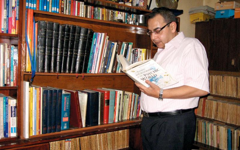 نتيجة بحث الصور عن عائلة أحمد خالد توفيق