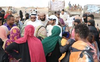 الصورة: «الهلال» يغيث نازحي منطقة الفيوش في محافظة لحج