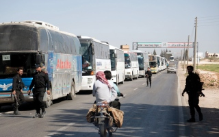 الصورة: سورية.. غارات على دوما للمرة الأولى  منذ 10 أيام تسفر عن 32 قتيلاً