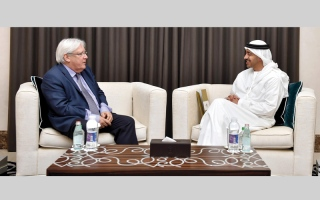 الصورة: عبدالله بن زايد يؤكّد دعم الإمارات للجهود الأممية للتوصل إلى حل سياسي في اليمن