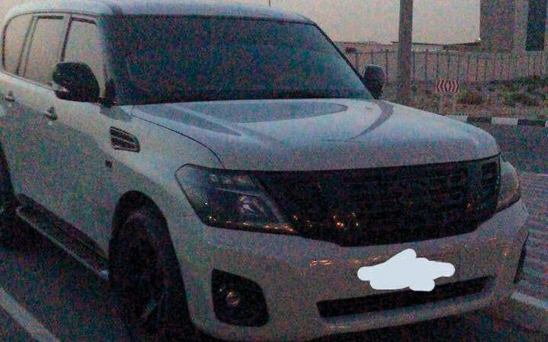 الصورة: ضبط 9 مركبات تتسابق بسرعة جنونية عكس الاتجاه في دبي