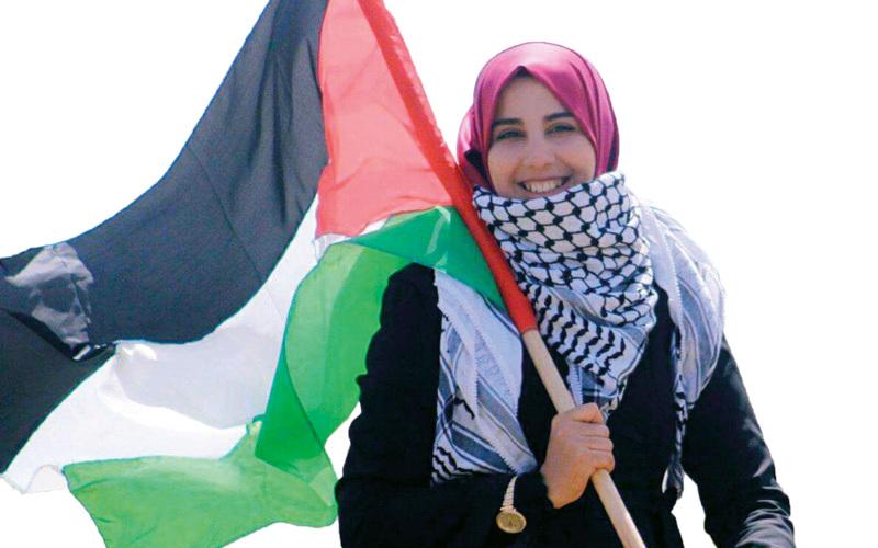 الشابة حنان عياد. الإمارات اليوم