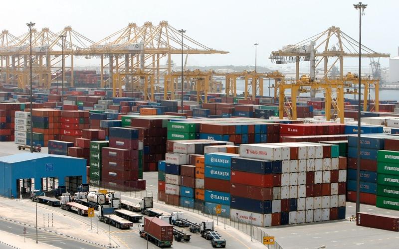 الصورة: 1.612 تريليون درهم تجارة الإمارات غير النفطية في 2017