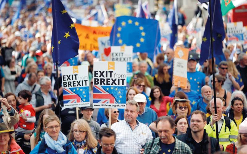 الخروج من الاتحاد الأوروبي لقي معارضة شديدة.  أرشيفية