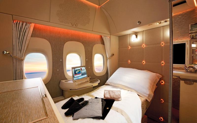 الصورة: «طيران الإمارات» تعرض جناح الدرجة الأولى على «بوينغ 777»