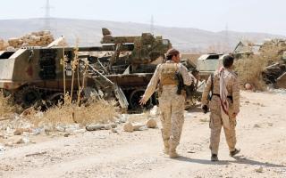 الصورة: بإسناد من القوات الإماراتية.. المقــاومة اليمنية تسيطر على مواقع استراتيجية بالسـاحل الغربي