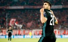 الصورة: مدرب البايرن: أهدينا الفوز للريال