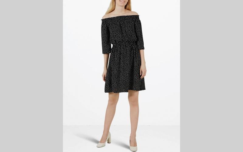 الصورة: فستان إسباني للموضة الصيفية
