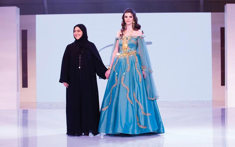 الصورة: «الشارقة للعروس».. تصاميم إماراتية عالمية لعشاق الأزياء