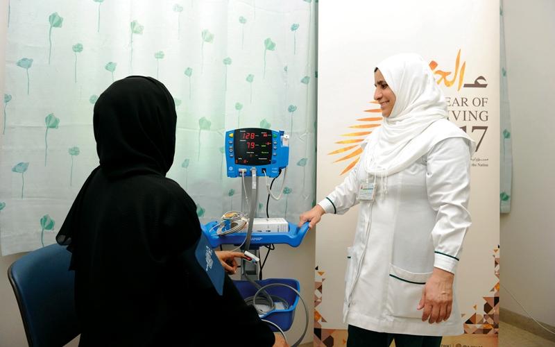 الصورة: «صحة دبي» تطلق عيادة تطوعية لعلاج النساء المعسرات