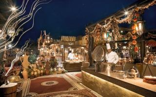 الصورة: رمضان في دبي.. عطاء و«تواصل حضاري» من قلب «حي الفهيدي»