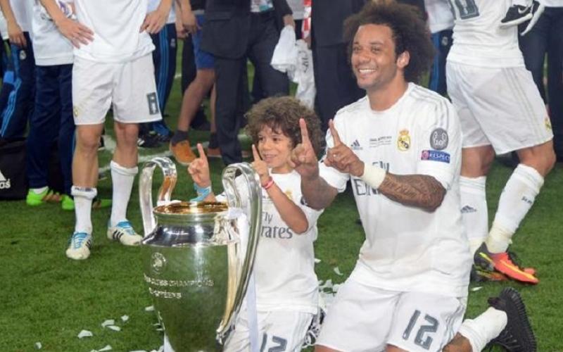 الصورة: بالفيديو.. شاهد ابن مارسيلو لاعب ريال مدريد ماذا فعل في غرفة اللاعبين