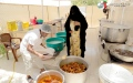 الصورة: «خليفة الإنسانية» تُكمل استعداداتها لـ «إفطار صائم»