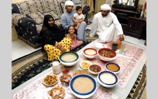 الصورة: الإفطار الإماراتي.. مطابخ العالم على مائدة واحدة