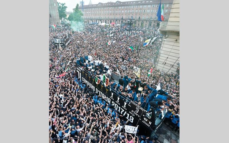 الصورة: 6 مشجعين يعكرون احتفالات يوفنتوس