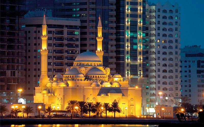 الصورة: 4.4 % ارتفاعاً في عدد عمال المساجد بالشارقة العام الماضي