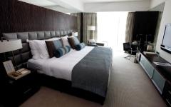 الصورة: 12 أداة ينبغي تعقيمها وتنظيفها في الغرفة الفندقية قبل استخدامها