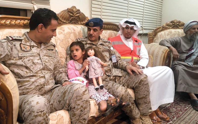 الصورة: «جميلة».. طفلة في مواجهة «وحشية» الحوثي