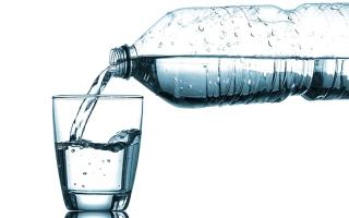 الصورة: 5 نصائح لشرب الماء في رمضان
