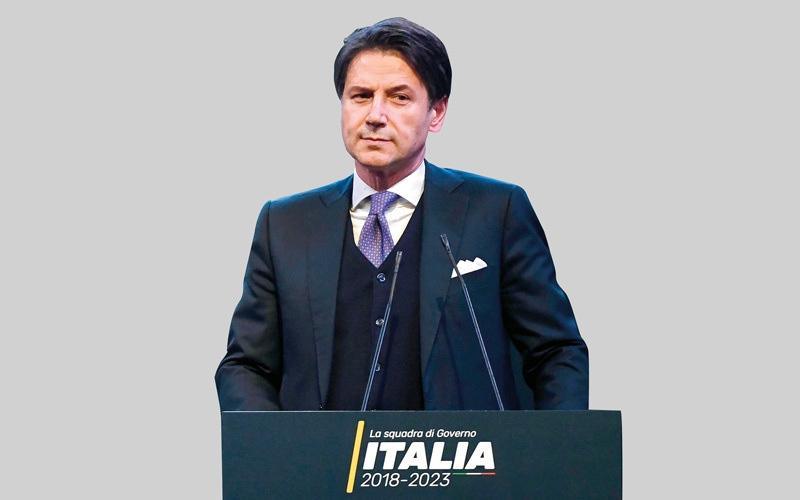 الصورة: الصحافة تنتقد رئيس الوزراء الإيطالي المقبل بسبب «فضيحة السيرة الذاتية»