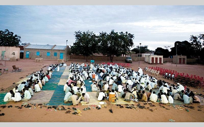 الصورة: باحثة: مواطنان سودانيان تنازعا أمام المحاكم على استضافة صائم