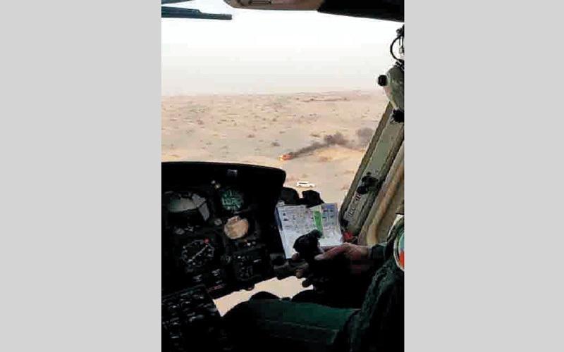 الصورة: «جناح جو الداخلية» تنقذ حياة مواطنة تدهورت مركبتها