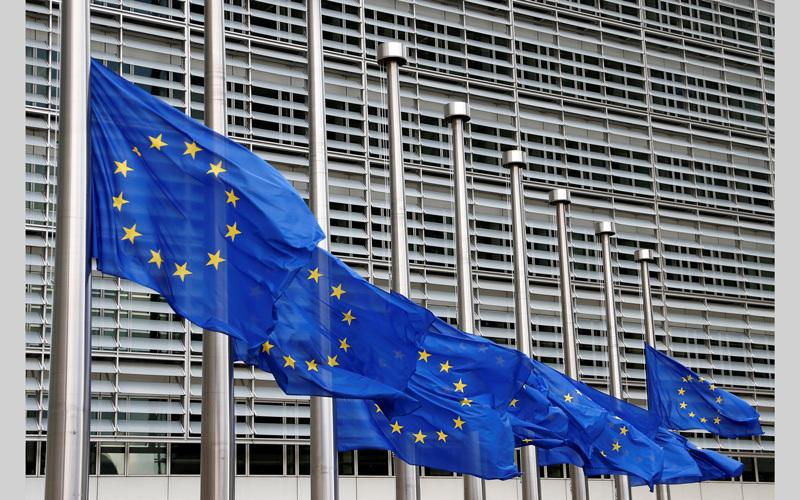 عضوية إيطاليا في اليورو ستكون موضع شك كبير إذا سيطرت الأحزاب اليمينية على الحكومة. رويترز