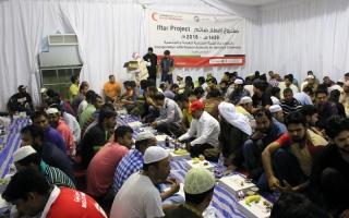 الصورة: «الهوية» ترعى إفطار 7500 صائم في النصف الأول من رمضان