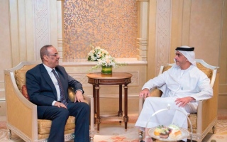 الصورة: سيف بن زايد يلتقي نائب رئيس الوزراء وزير الداخلية اليمني