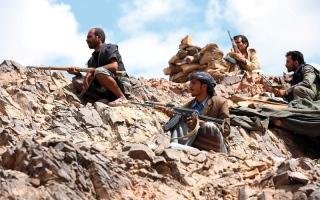 الصورة: بإسناد إماراتي.. التحالف يستهدف مواقع الحوثيين في التحيتا والبرح والمدمن