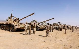 الصورة: الجيش اليمني يحرّر سلسلة جبـــــال العويد الاستراتيجية في تعز