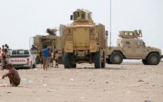 الصورة: بإسناد إماراتي.. التحالف يدمر تعـــــزيزات الحوثيين في بيت الفقيه والدريهمي جنــــوب الحديدة