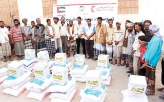 الصورة: «الهلال» تسيّر قوافل مساعدات لأهالي مديرية رضوم