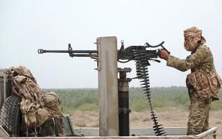 الصورة: بإسناد إماراتي.. التحالف يدمـر تعزيزات للحوثيين في الساحل الغربي