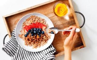 الصورة: 5 خطوات لاستعادة النظام الغذائي الطبيعي بعد الصيام