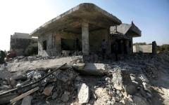 الصورة: مقتل 10 مدنيين بينهم أطفال في غارات على ريف الحسكة