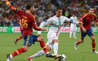 الصورة: عيسى درويش: هدف اسبانيا الأول في مرمى البرتغالي غير صحيح