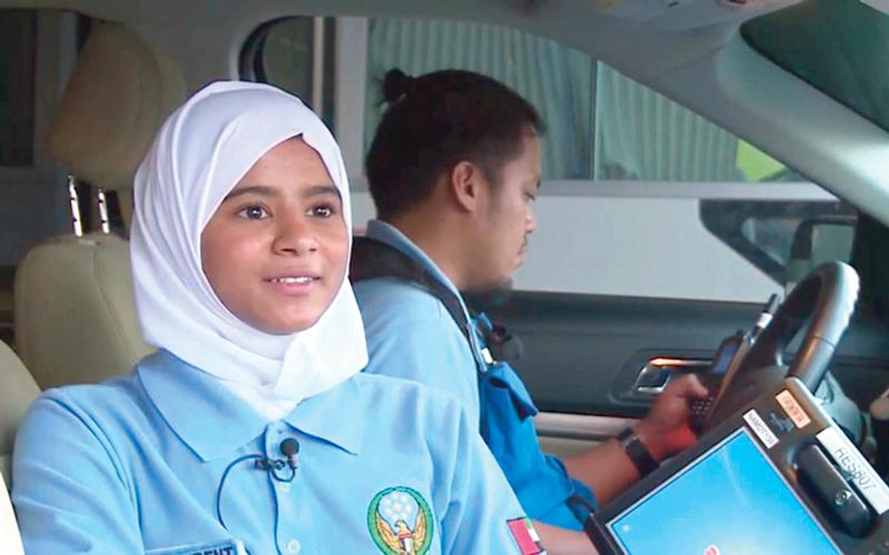 بالفيديو.. 13 مسعفاً مواطناً في مهمات إنسانية على جوانب الطرق