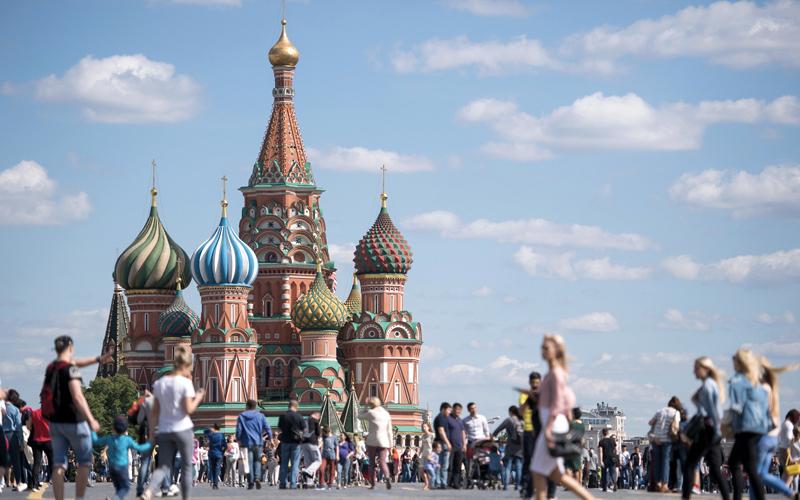 إلى جانب مشاهدة مباريات كرة القدم يمكن للمشجّعين والسيّاح من جميع أنحاء العالم استكشاف موسكو التي لديها الكثير من الكنوز لتقدّمها. د.ب.أ