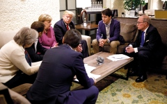 الصورة: دبلوماسية ترامب «أميركا أولاً»  تهدد العلاقة الأميركية الأطلســية