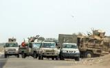 ميليشيات الحوثي تضيق الخناق على سكان الحديدة وتقطع طرق الميناء