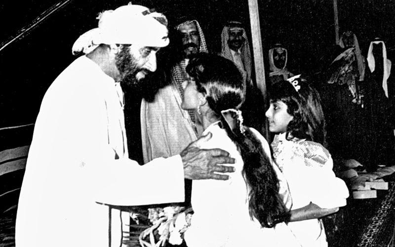 رؤية الشيخ زايد وضعت الإنسان على رأس أولويات الدولة.  أرشيفية