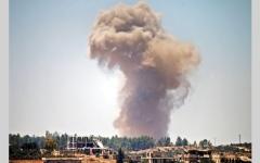 الصورة: قوات النظام تهاجم مدينة درعا وتسيطر على بلدتَي بصر الحرير والمليحــة